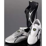Training shoe light zwart *47